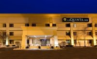 laquinta inn willowbrook.jpg